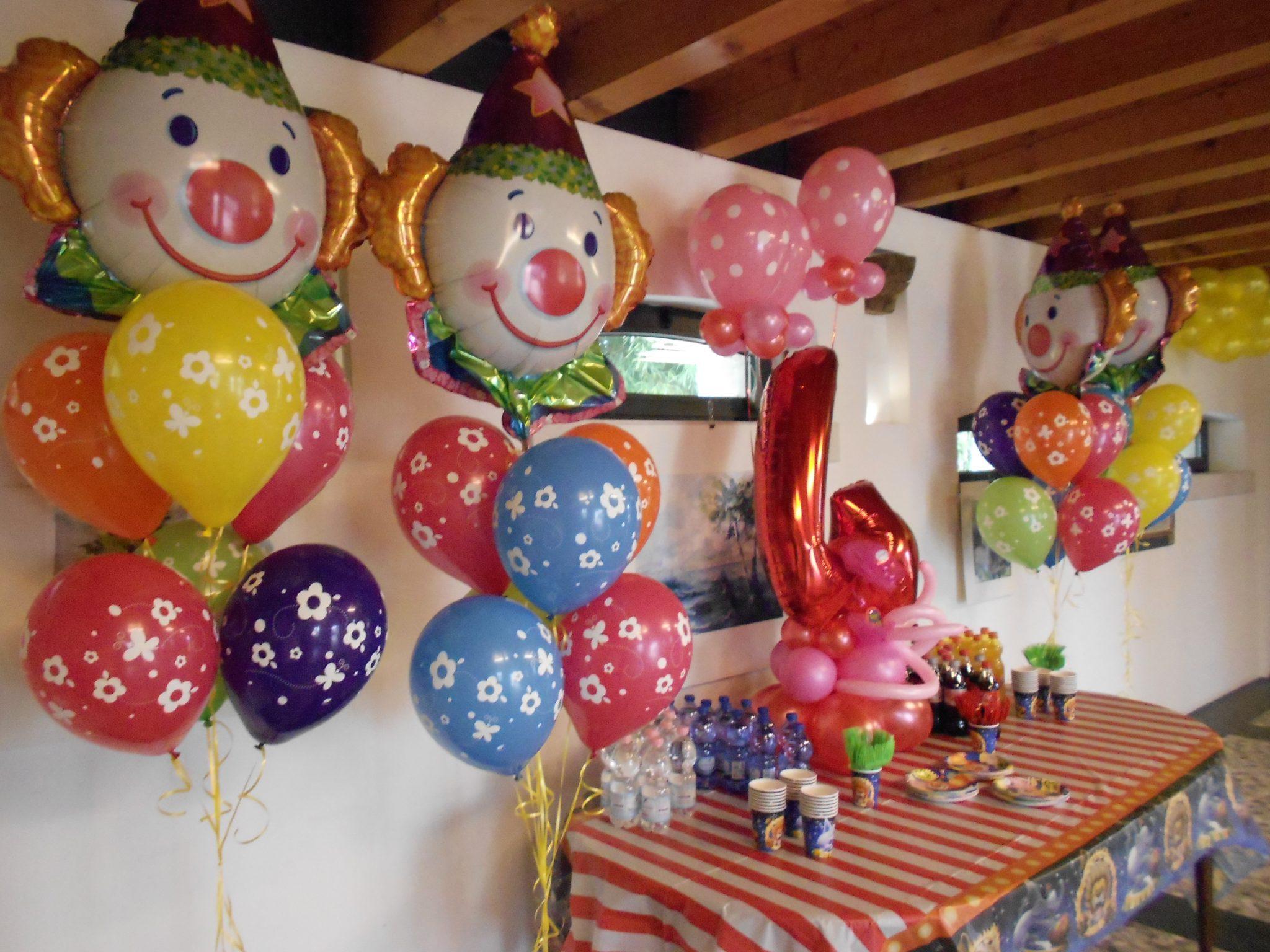 Animazione e tanti palloncini alla Super Festa di Compleanno a tema Circo a Sacile Pordenone…