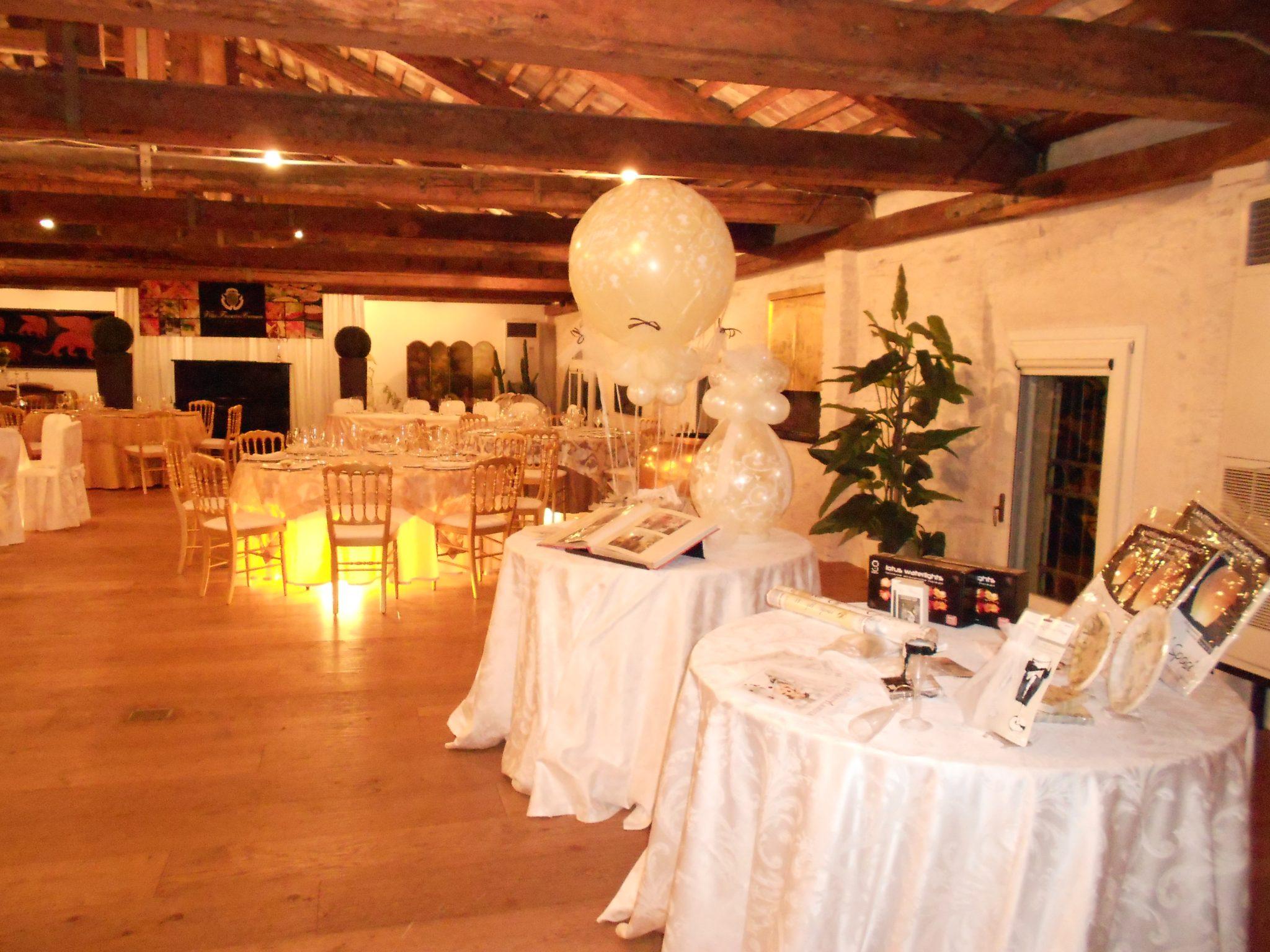 Fiera del matrimonio: FELICI E CONFETTI.Palloncini alle giornate dedicate ai futuri Sposi in Villa Foscarini.