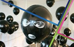 palloncini con faccia espressiva
