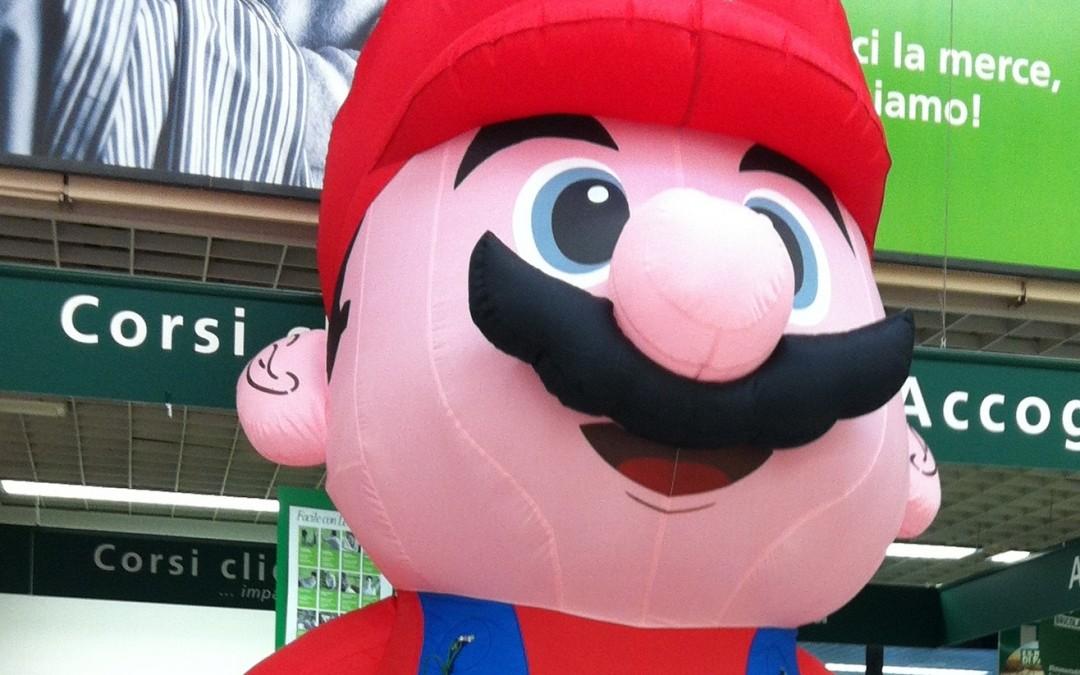 gonfiabili giganti: super Mario