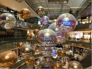 sfere specchiate iridescenti