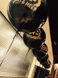 palloni giganti ad elio personalizzati con logo aziendale