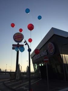 palloni giganti sospesi burgher king