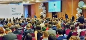 Allestimenti feste aziendali:convention aziendale con palloni giganti