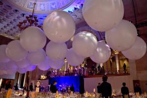 palloni appesi a soffitto
