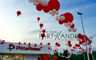 Allestimento di palloncini per un'inaugurazione scenografica