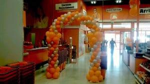 arco di palloncini inaugurazione