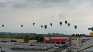 palloni giganti in lattice inaugurazione