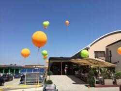 palloni giganti gonfiabili ad elio