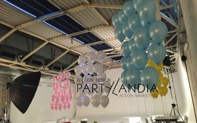 Allestimento aziendale con palloncini personalizzati