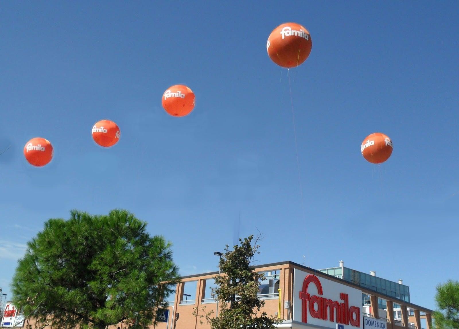 pallone gigante in pvc allestimento famila