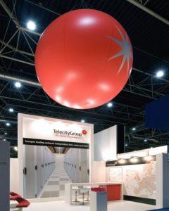 pallone gigante in pvc allestimento stand fiera
