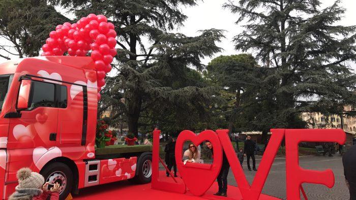 palloncini san valentino agenzia