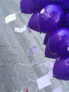 marketing emozionale lancio di palloncini
