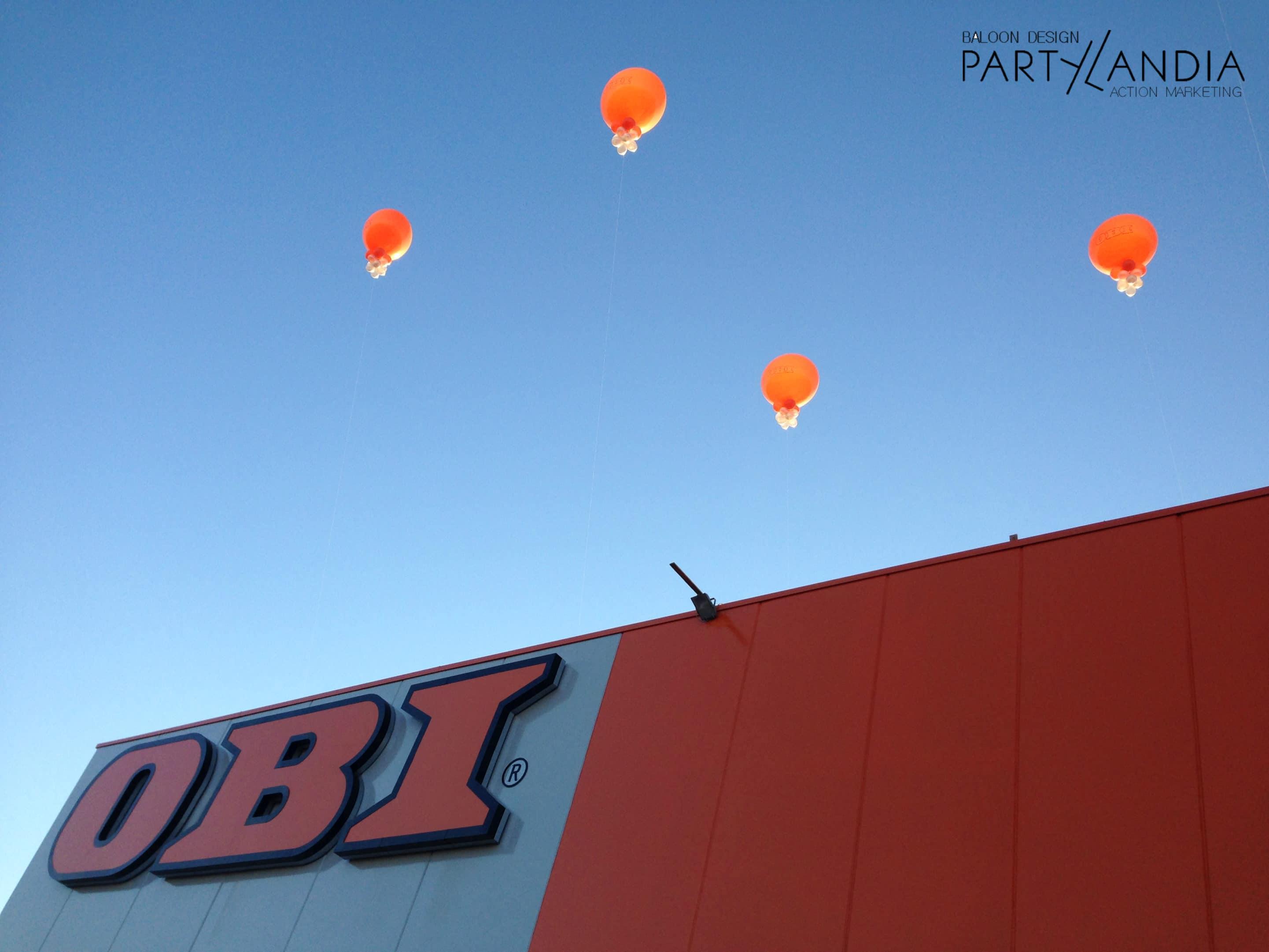 palloni giganti sul tetto per inaugurazioni