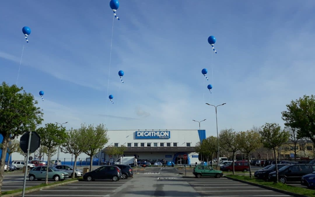 Palloncini per nuova apertura Decathlon a Grugliasco