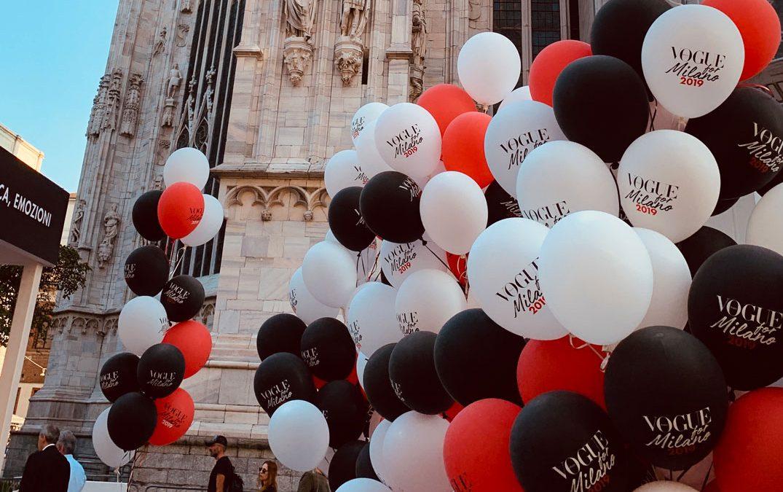Selfie Corner Con Palloncini: L'Evento Vogue A Milano Fa Tendenza.