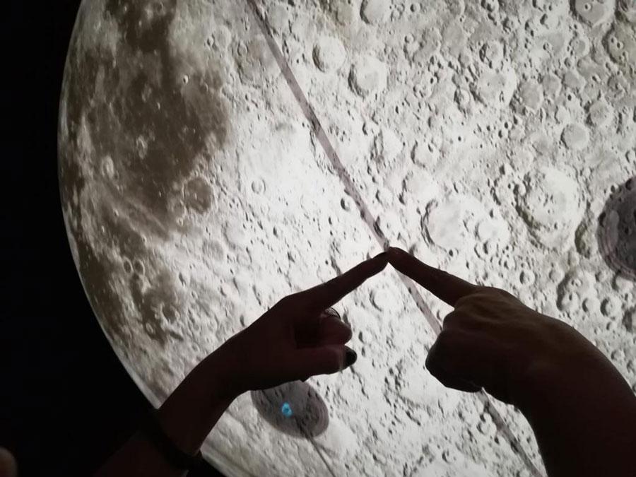 luna illuminata gonfiabile