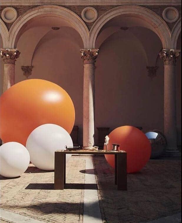 sfere colorate giganti