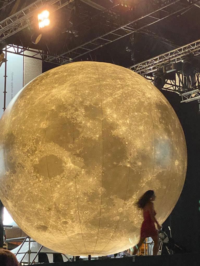 Struttura gonfiabile luna